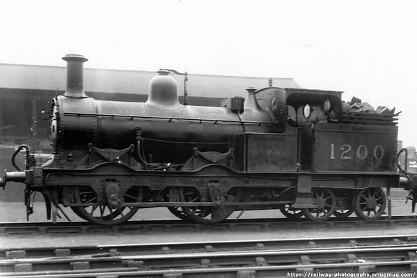 1200 MR+LMS Kirtley 690 Class 0-4-4T