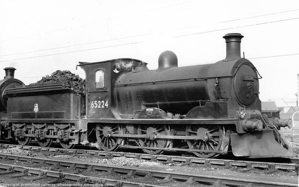 65224 Mons with snowplough Criagentinny February 1956 Holmes J36 (NBR Class C) 0-6-0