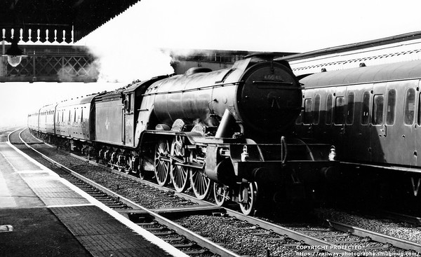 60048 Doncaster at Welwyn Garden City 17th October 1961