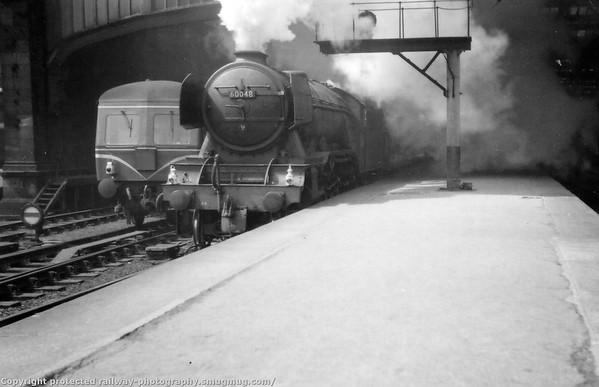 60048 Doncaster at Edinburgh Waverley 26th May 1962