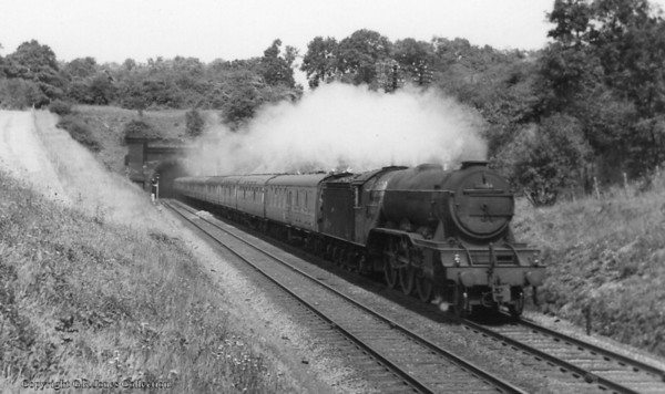 60054 Prince of Wales between Welwyn tunnels on up main