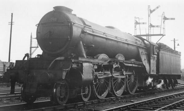 60090 Grand Parade Ferryhill August 1958