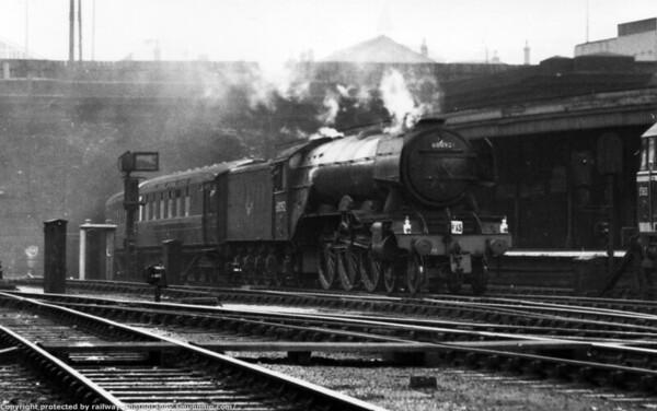 60092 Fairway Kings Cross 11th May 1962
