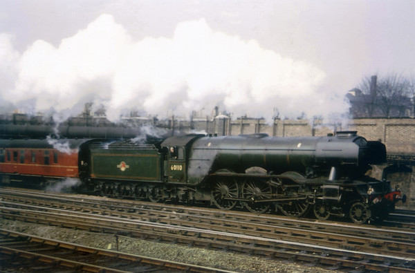 60110 Robert the Devil Unknown location Gresley A3 (2)
