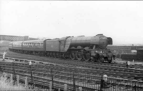 60111 Enterprise Wortley South Leeds Gresley A3