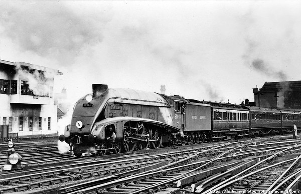 60033 Seagull leaving Waterloo with 10 50am 'Atlantic Coast Express' 10th June 1948 during the 1948 loco exchanges