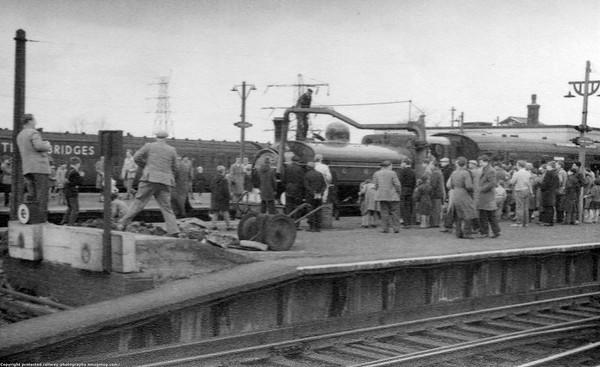 1247 Three Bridges Bluebell Railway Preservation Society 'The Blue Belle 1st April 1962 Stirling J52 & J53