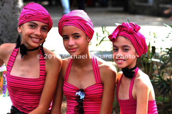 Three Cuban sisters EPV0790