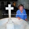 W Baptism fount MIN_3669