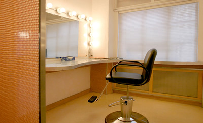 WEST STUDIO  1500 soft  fully equipped kitchen  private wardrobe makeup room  EXPRESS LINK: http://www.go-studios.com/westStudio.php