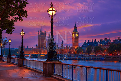 London sunset skyline Bigben and Thames