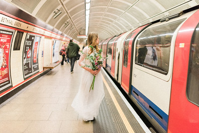 A Bride Lost in London - Adriana Morais Fotografia 01