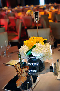"""LOS ANGELES URBAN LEAGUE HONORS EARVIN """"MAGIC"""" & COOKIE JOHNSON.THE MAGIC OF GIVING 44TH ANNUAL WHITNEY M. YOUNG JR. ARWDS DINNER AT THE HOLLYWOOD HIGHLAND COMPLEX ON FRIDAY APRIL 21, 2017PHOTOS BY VALERIE GOODLOE"""
