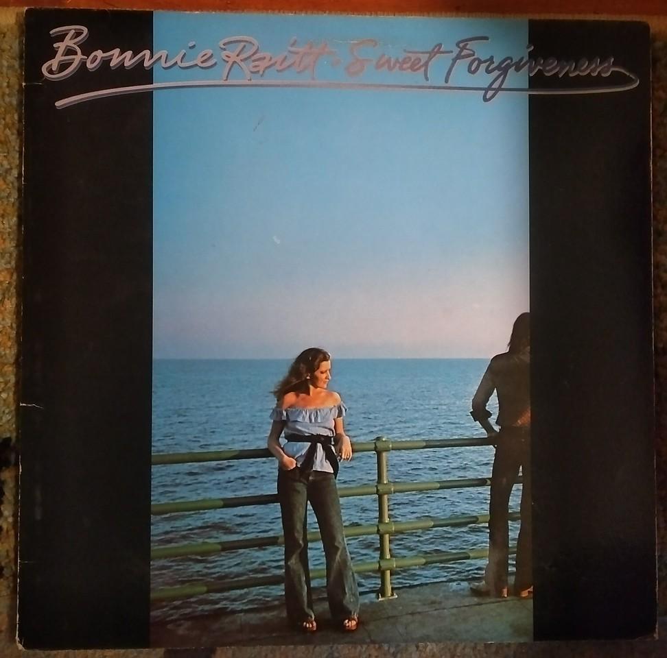 Bonnie Raitt - Sweet Forgiveness  (Warner Bros. Records - BS2990)