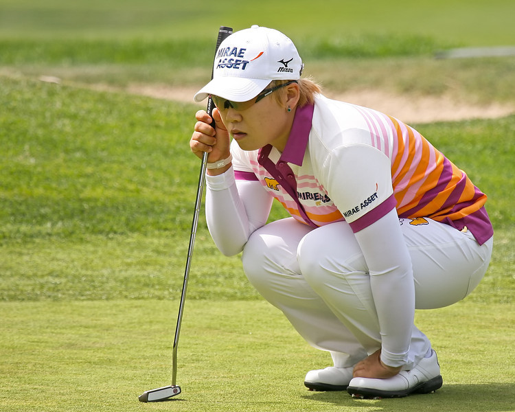 23 MAR 12   Jiyai Shin for birdie at The Second Round of The KIA Classic at La Costa Resort and Spa in La Costa, California.