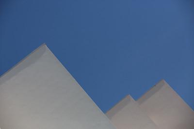 Urban pyramids