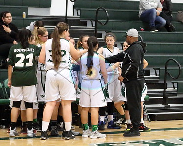 LRHS Women JV vs Oakmont