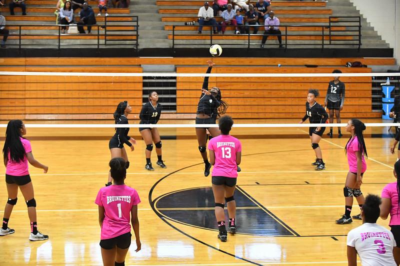 LRHS Volleyball 10162018 226