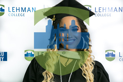 LS 80-2017 Music Building Photo-booth_ Commencement 17_0061