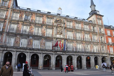 This is the only building in Plaza Mayor not damaged in a huge fire which spread to all of the other apartment buildings surrounding the square. The paintings on the building date back to the 1600s.
