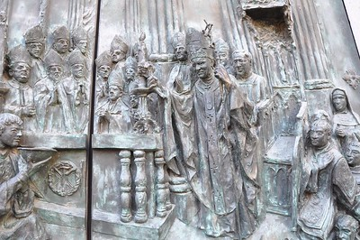This is one of the bronze doors on the Cathedral de Almudena which depicts Pope John Paul II consecrating the cathedral. This is the only cathedral in Madrid consecrated by a pope.