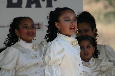 CYPRESS PARK FOLKLORICO • LUMMIS DAY 2008