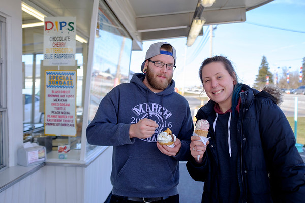 Joed Viera/Staff Photographer- Scott Perry and Shalagh Barnes celebrate the firt day of spring with some Tasty Treat ice cream.