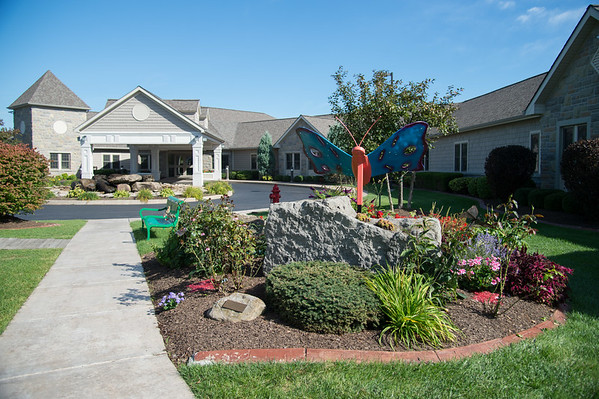 JOED VIERA/STAFF PHOTOGRAPHER-Gasport, NY-  Niagara Hospice is in need of volunteers to tend to gardens.