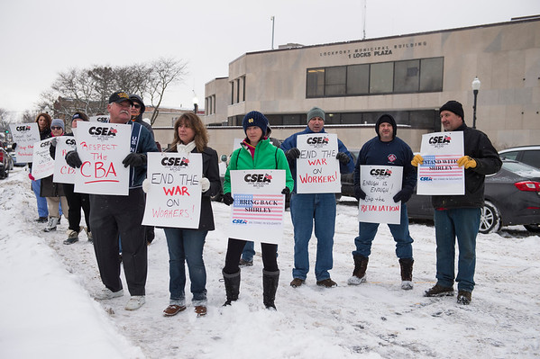 Joed Viera/Staff Photographer-CSEA members protest in support of former deputy city clerk Shirley Browning, who was not reappointed due to her residency outside of the city.