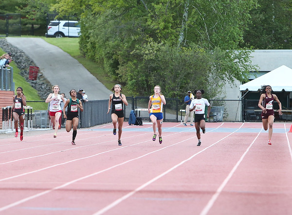 Womens 200 Meter Dash  (Friday)