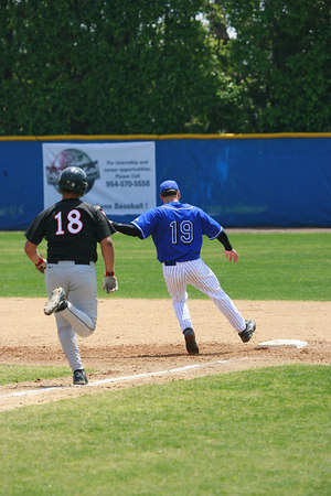 Lynn University Baseball vs Barry Univ April 2 2006 (109)