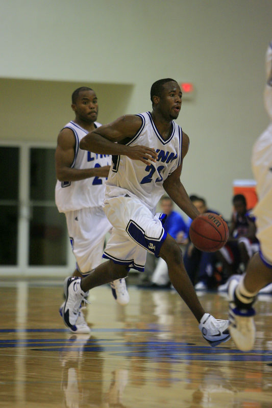 Lynn Univ Basketball vs Palm Beach Atlantic (455)