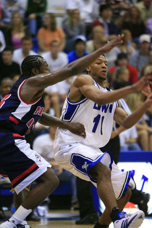 Lynn Univ Basketball vs Palm Beach Atlantic (250)