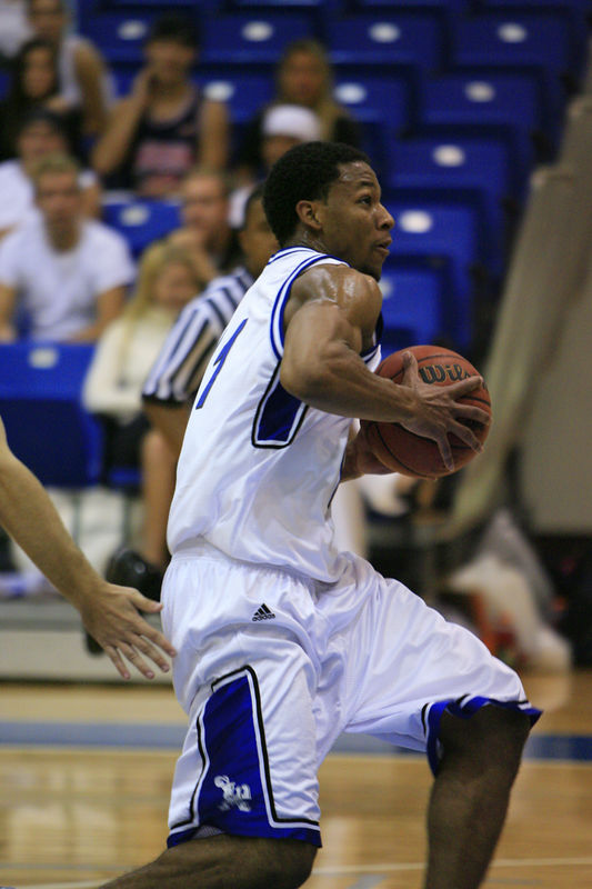 Lynn Univ Basketball vs Palm Beach Atlantic (303)