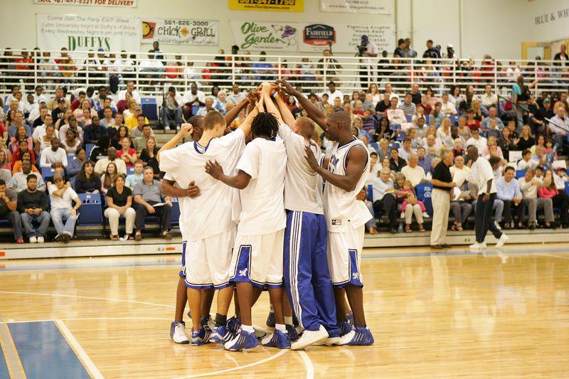 Lynn Univ vs Tampa 2-26-2005 pre-post- 0020