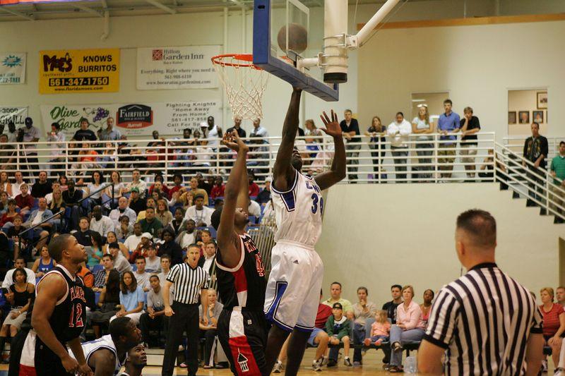 Lynn Univ vs Tampa 2-26-2005- 0016