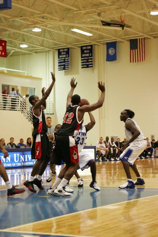 Lynn Univ vs Tampa 2-26-2005- 0039