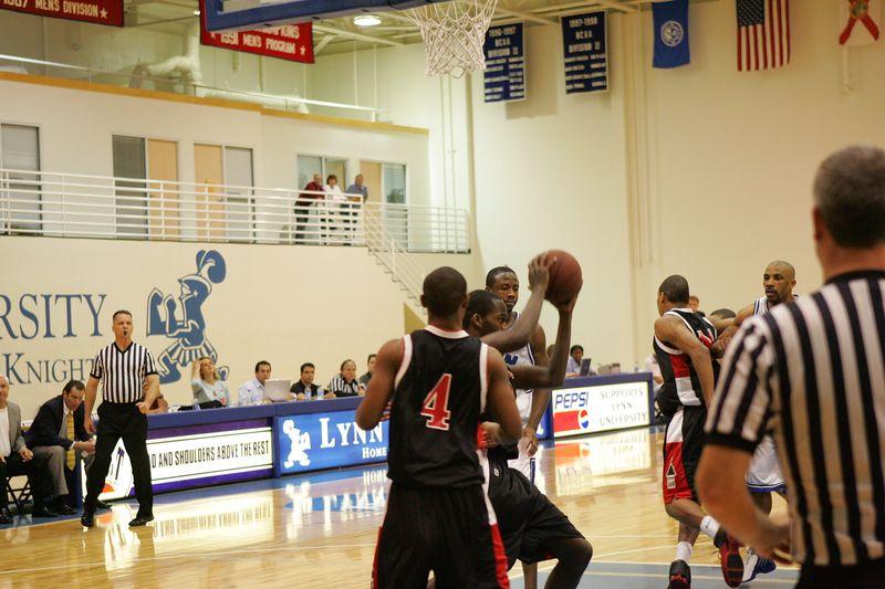 Lynn Univ vs Tampa 2-26-2005- 0024