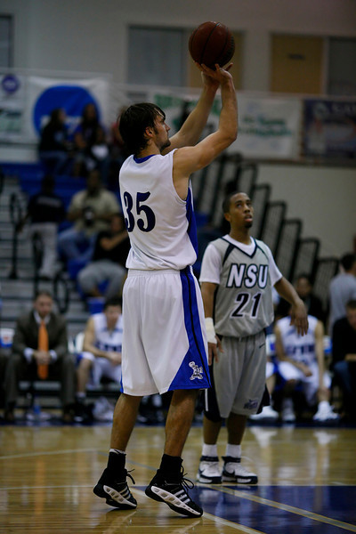 Lynn University Mens Basketball vs Nova -  (676)