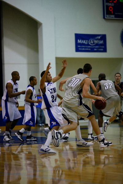 Lynn University Mens Basketball vs Nova -  (670)