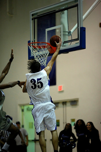 Lynn University Mens Basketball vs Nova -  (601)