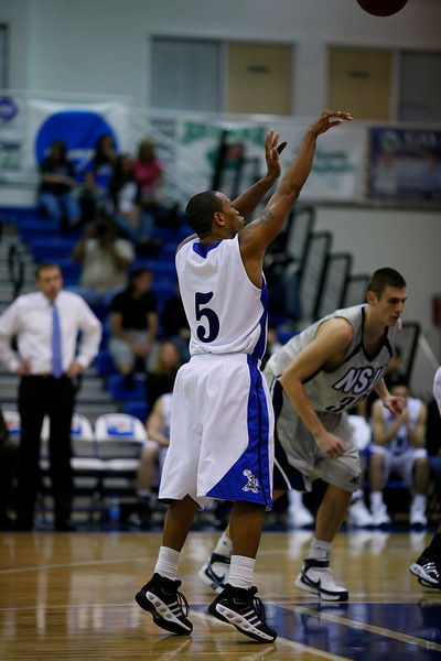 Lynn University Mens Basketball vs Nova -  (620)