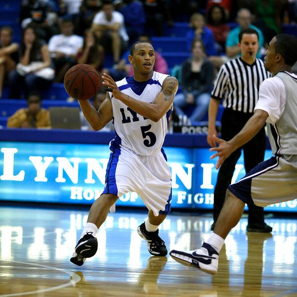 Lynn University Mens Basketball vs Nova -  (691)sq