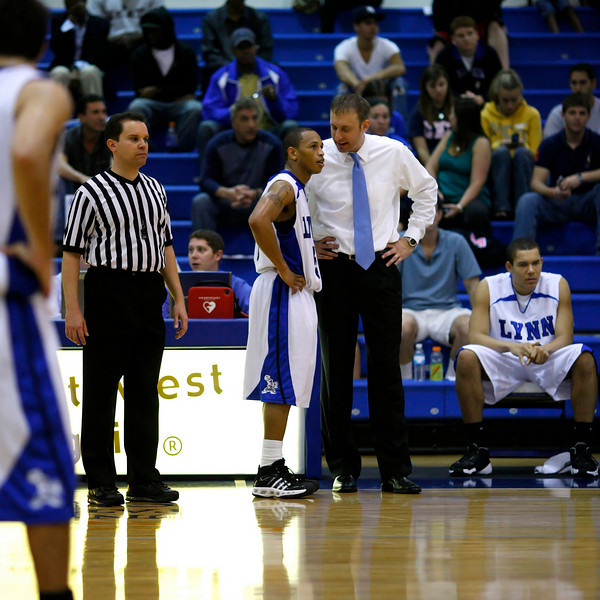 Lynn University Mens Basketball vs Nova -  (675)sq