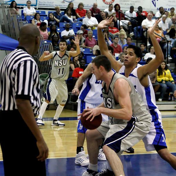 Lynn University Mens Basketball vs Nova -  (346)sq