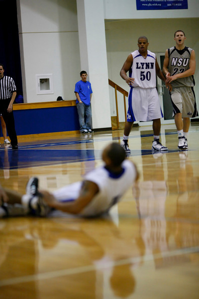 Lynn University Mens Basketball vs Nova -  (610)