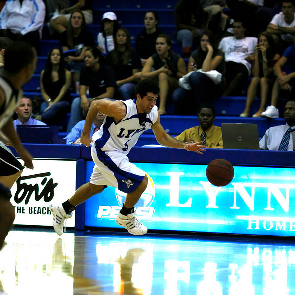 Lynn University Mens Basketball vs Nova -  (683)sq