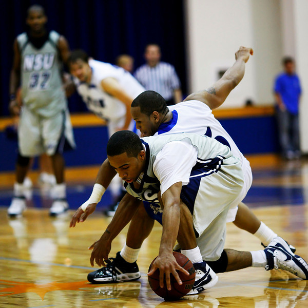 Lynn University Mens Basketball vs Nova -  (607)