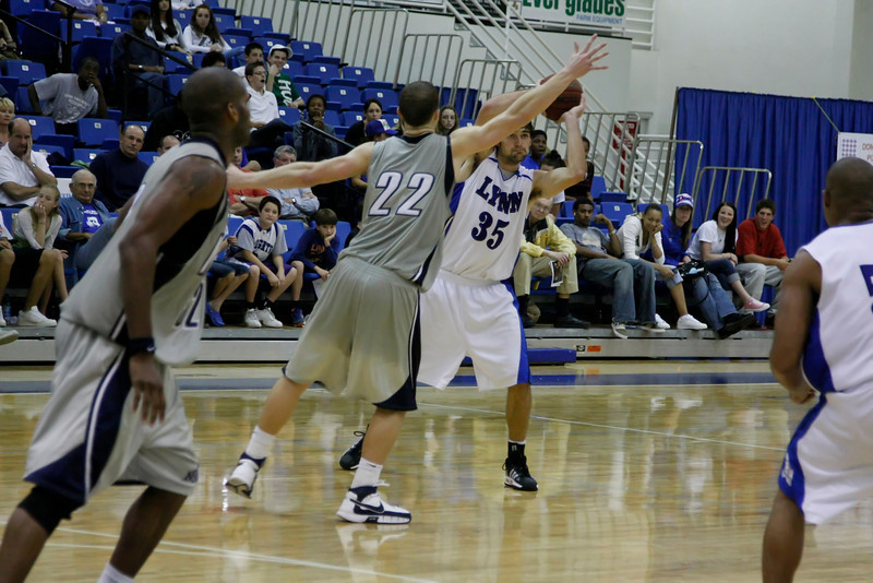 Lynn University Mens Basketball vs Nova -  (698)