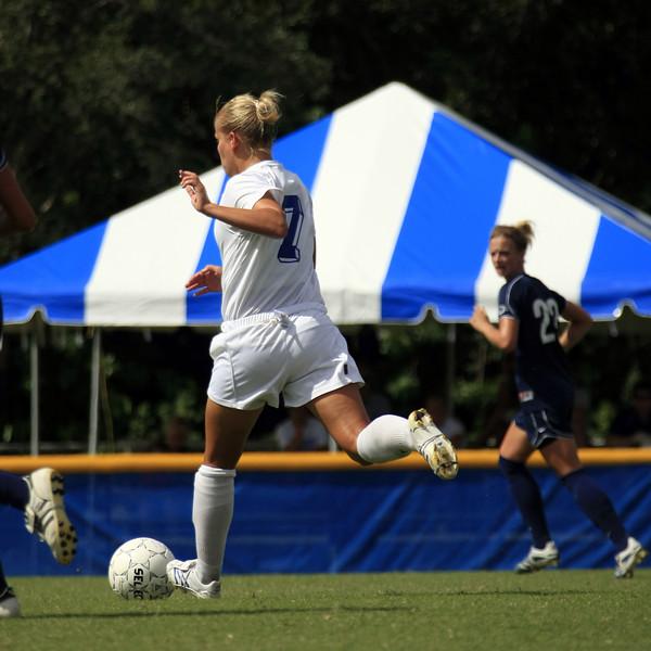 Lynn Univ W Soccer vs CarsonNewman- (180)sq